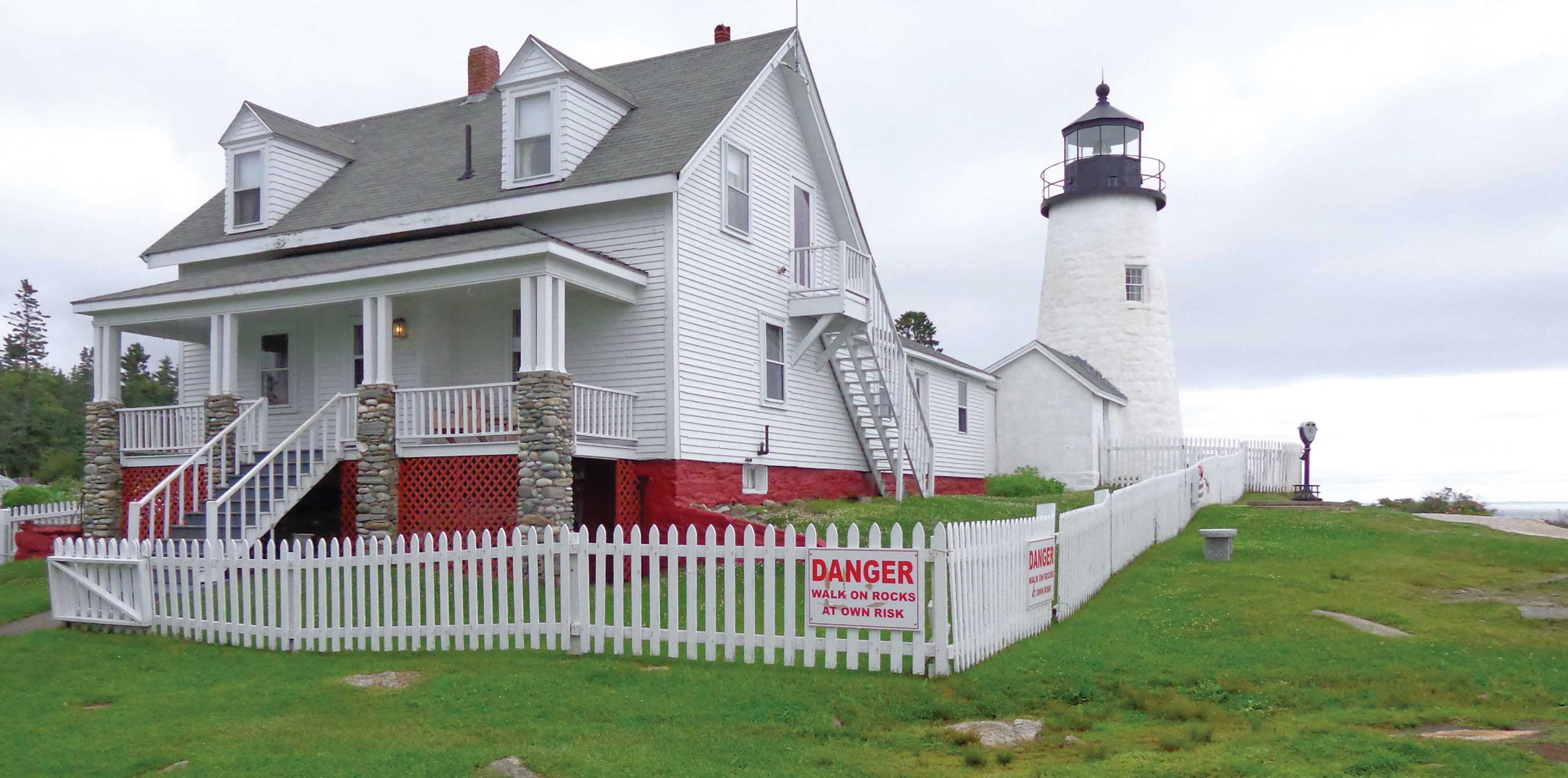 Backroads of Maine: Lighthouses & Lobsters « R & J Tours
